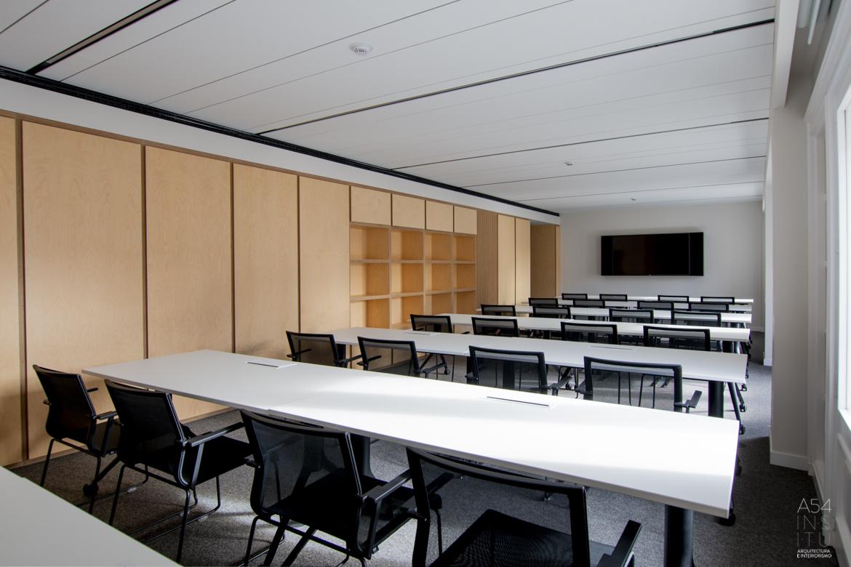 reforma integral de unas Oficinas en el centro de Zaragoza por A54insitu